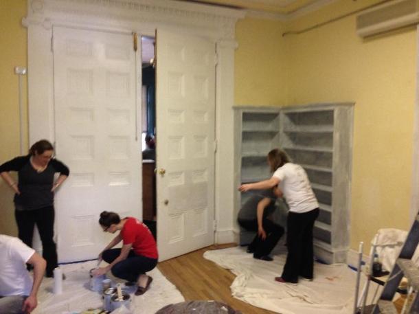 Volunteer friends getting cracking!